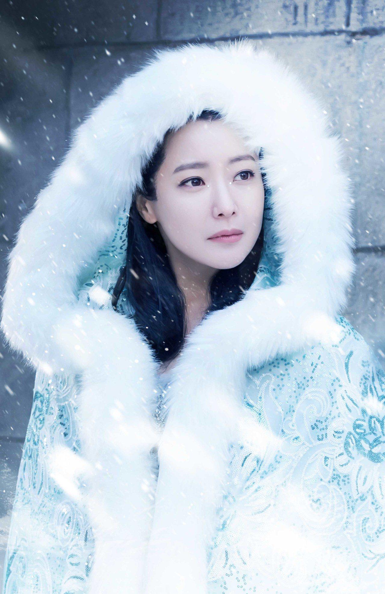 韓女星金喜善首次演出大陸劇「幻城」。圖/中天提供