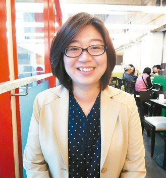 蘇彙棻因看了一齣韓劇,迷上韓國人的說話腔調,開始學韓文,進而考取韓語導遊執照。 記者馮靖惠/攝影