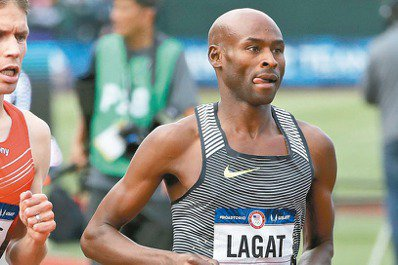 41歲美國田徑老將勒蓋特(右)在選拔賽脫穎而出,第5度出征奧運。 美聯社