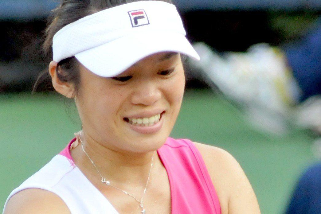 謝淑薇是否出席雙打,並不影響莊佳容的參賽資格,只會影響她是否會因搭檔棄賽,而無法...