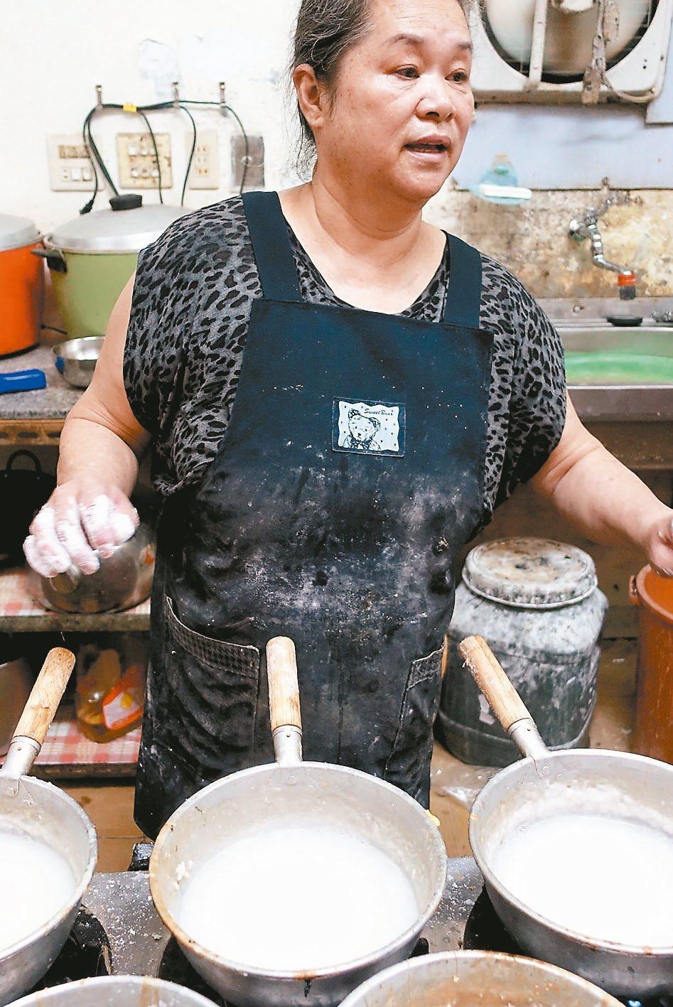 聯成廣東粥每一碗都是現點現煮。 記者邱雯敏/攝影
