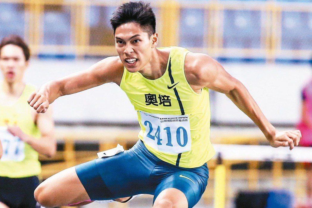 即將征奧的陳傑,曾在台灣國際田徑邀請拿下男子400公尺跨欄決賽金牌。 報系資料照