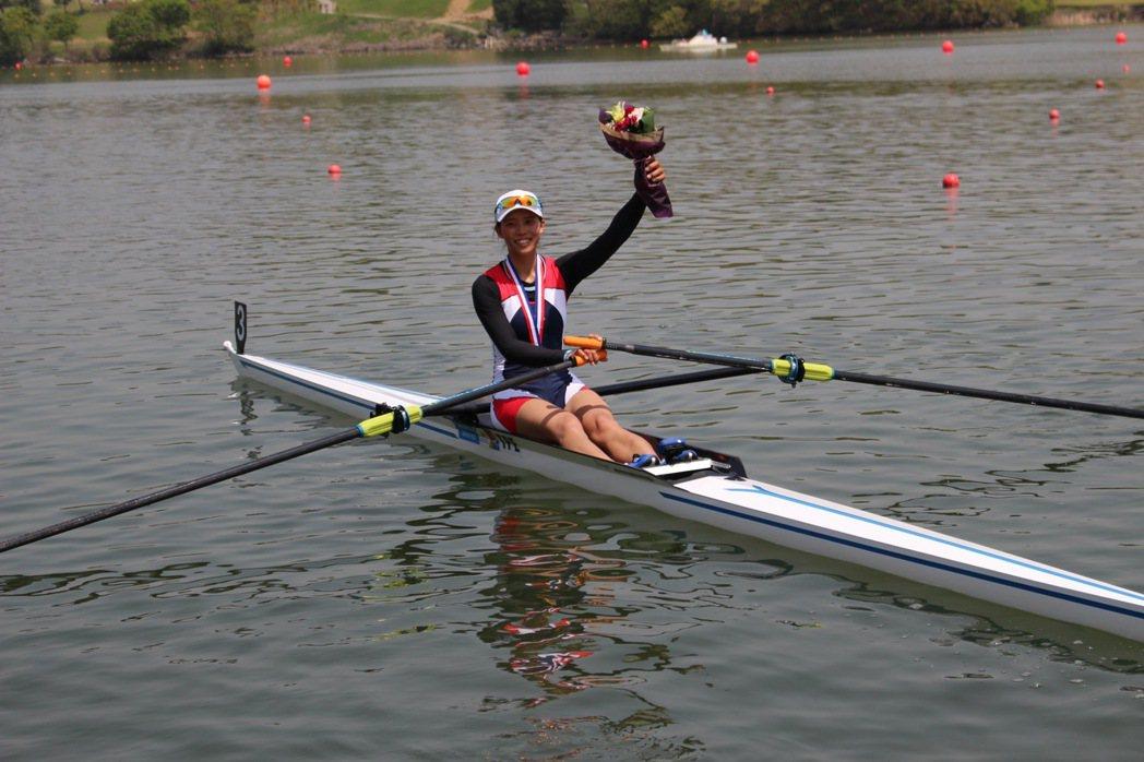 黃義婷今在奧運划船女子單人雙槳分組預賽排名第四,落入復活賽。 報系資料照
