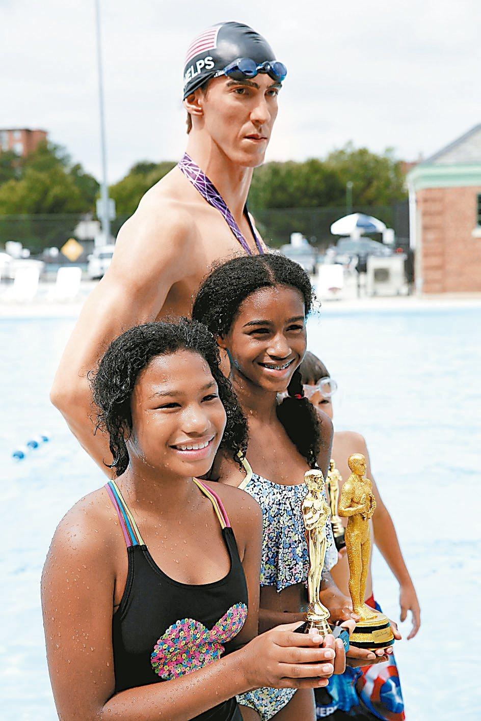 里約奧運的兩大運動巨星菲爾普斯(見圖上)與柏特,生涯在奧運賽會表現耀眼,獲選為奧...