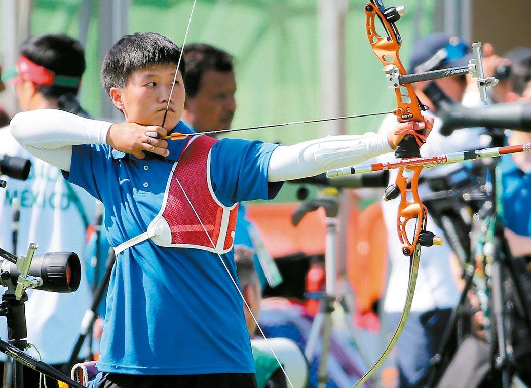 中華隊雷千瑩參加女子射箭排名賽。 特派記者陳正興/攝影