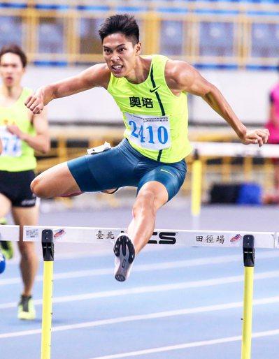 400米跨欄國手陳傑。 報系資料照