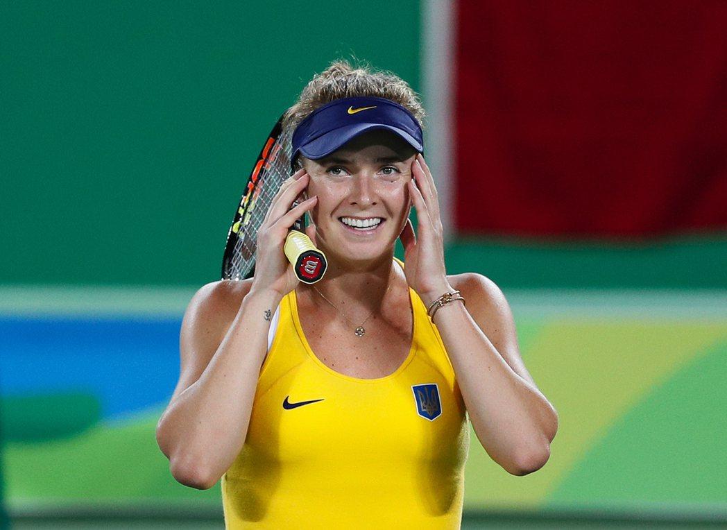 21歲的絲薇托莉娜獲勝後露出不可置信的表情。 美聯社
