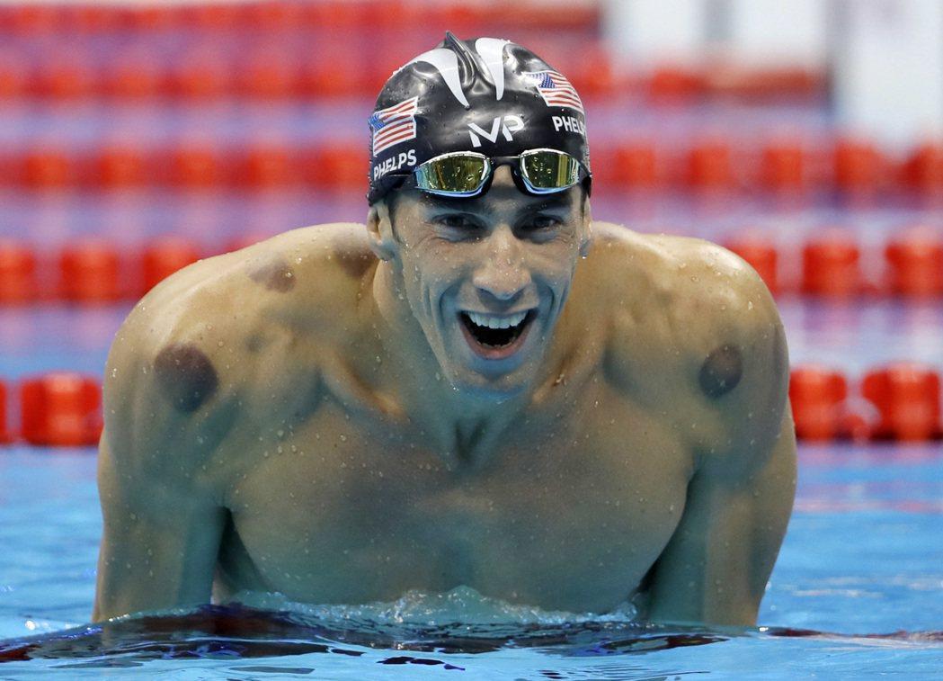 「飛魚」菲爾普斯今天把上屆失之交臂的奧運200公尺蝶式金牌要了回來。 美聯社