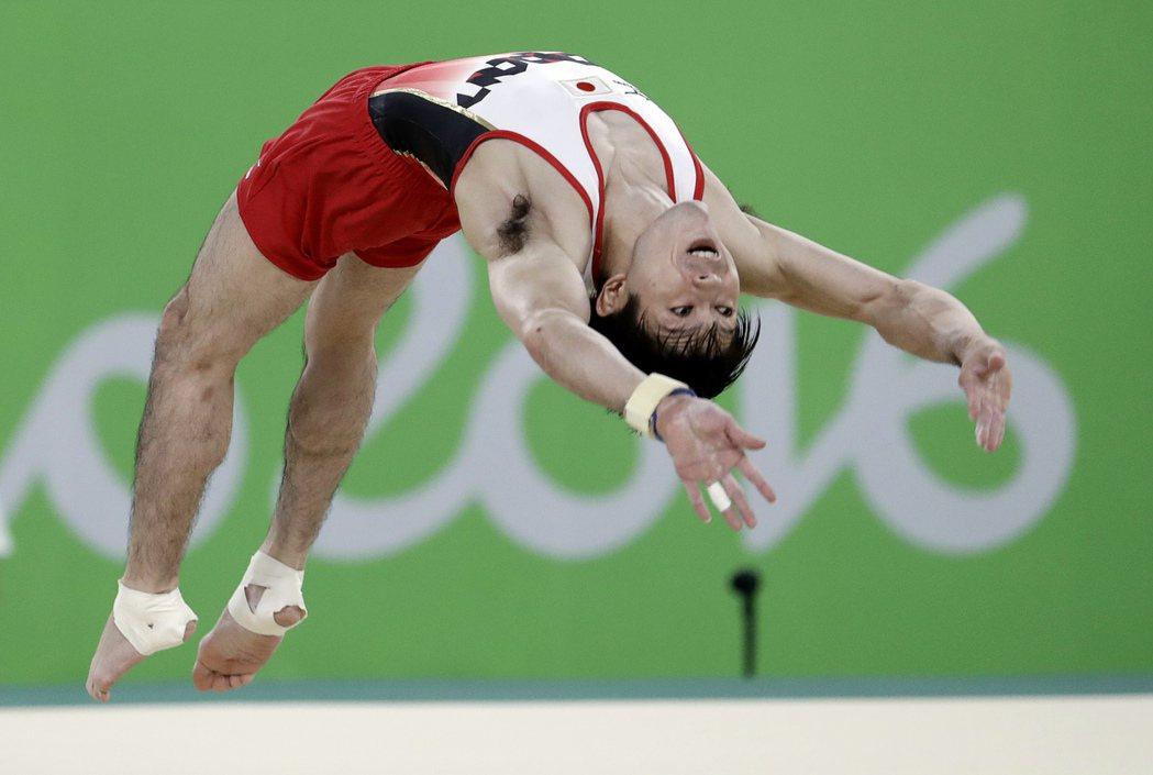 現在男子體操的霸主,無疑是日本內村航平。 美聯社