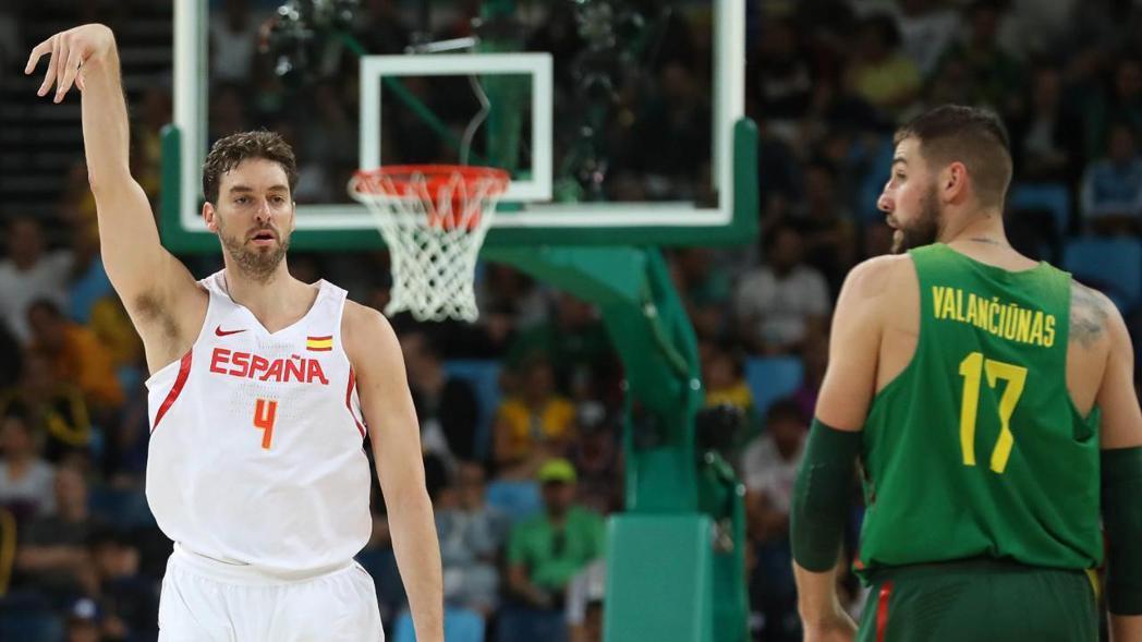 西班牙加索(左)。 NBA