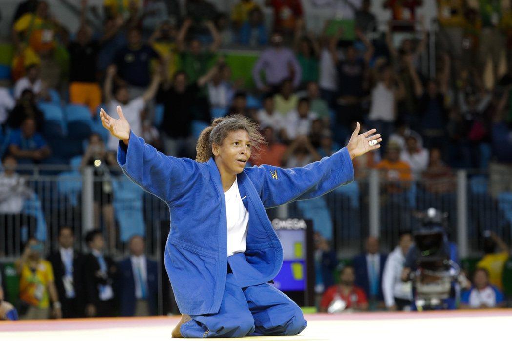 巴西柔道女選手拉斐拉,是巴西目前為止,唯一奪得金牌選手。 美聯社