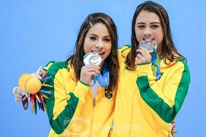 奧麗維拉(左)與佩德(右)比賽搭擋,卻在此次奧運撕破臉。圖擷自Facebook(...