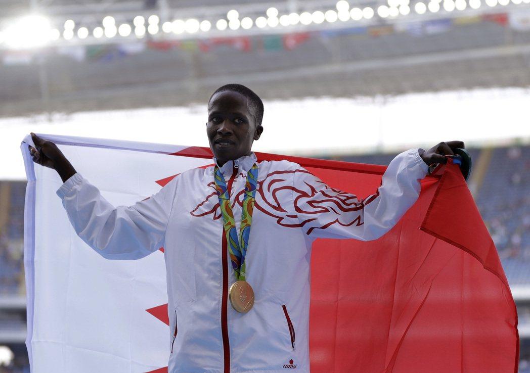 田徑選手傑貝特在奧運女子3000公尺障礙賽,為巴林拿下奧運史上該項目的第一金。,...