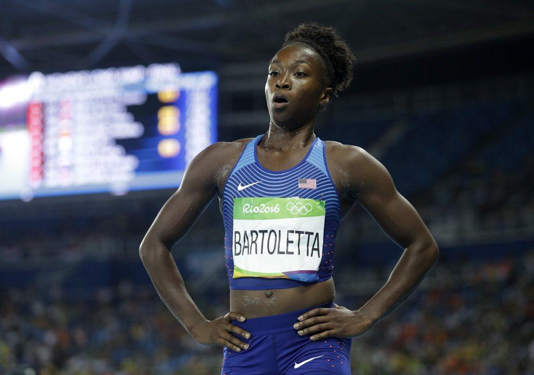 美國選手巴托莉塔在奧運女子跳遠決賽跌破眾人眼鏡,跳出個人生涯最佳的7公尺17奪金...