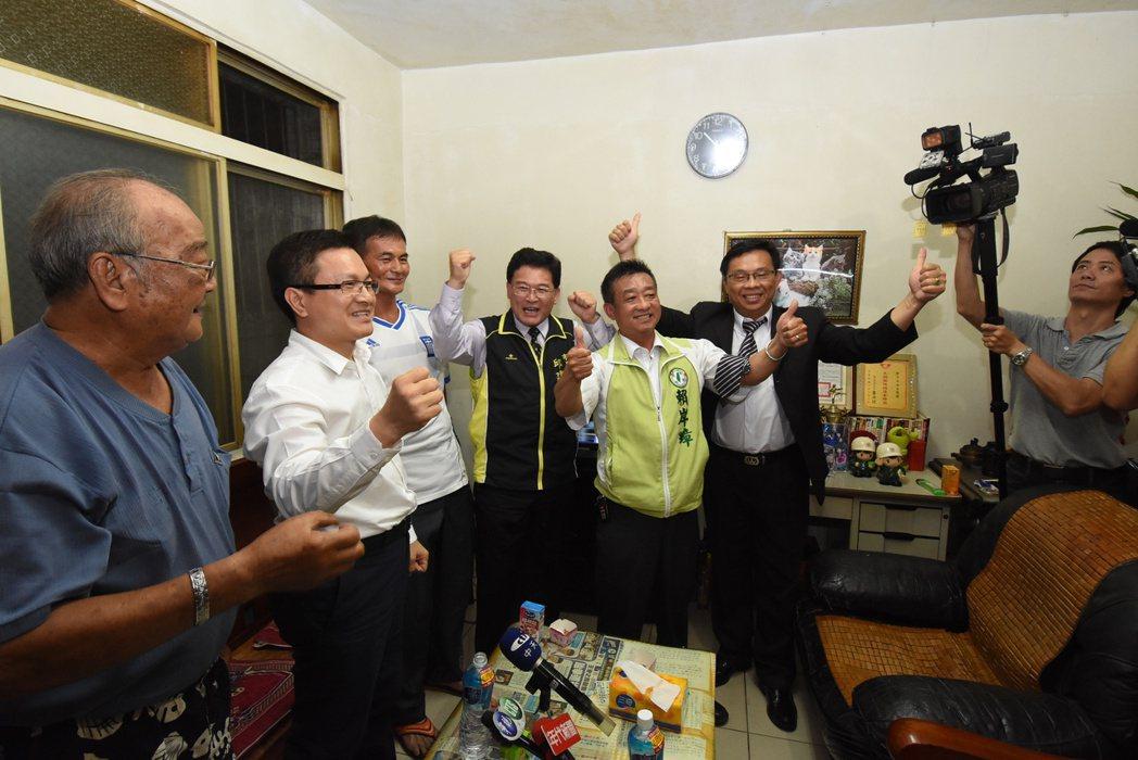 劉威廷贏得比賽,現場嗨翻天。記者郭宣彣/攝影