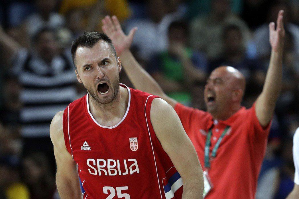 >塞爾維亞終結澳洲在奧運男籃的神奇之旅,闖進男籃金牌戰。 美聯社