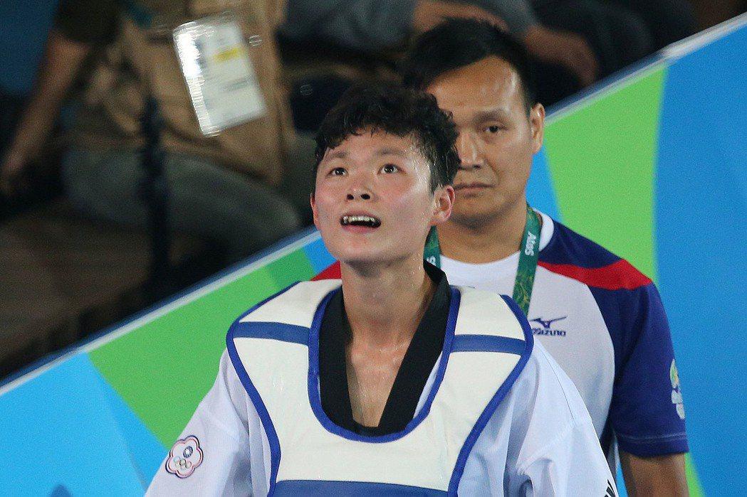 隨著選手莊佳佳今天在奧林匹克運動會銅牌戰落敗,中華跆拳道隊里約奧運賽程結束,是跆...