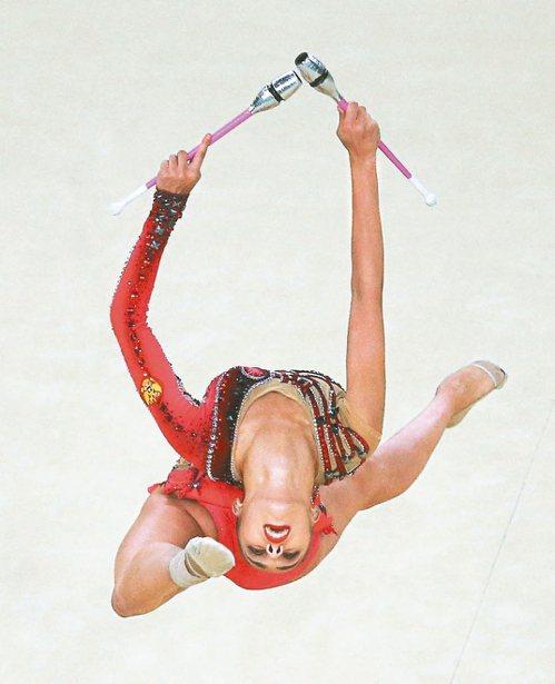 俄羅斯的馬蒙在韻律體操獲得個人全能金牌。 路透