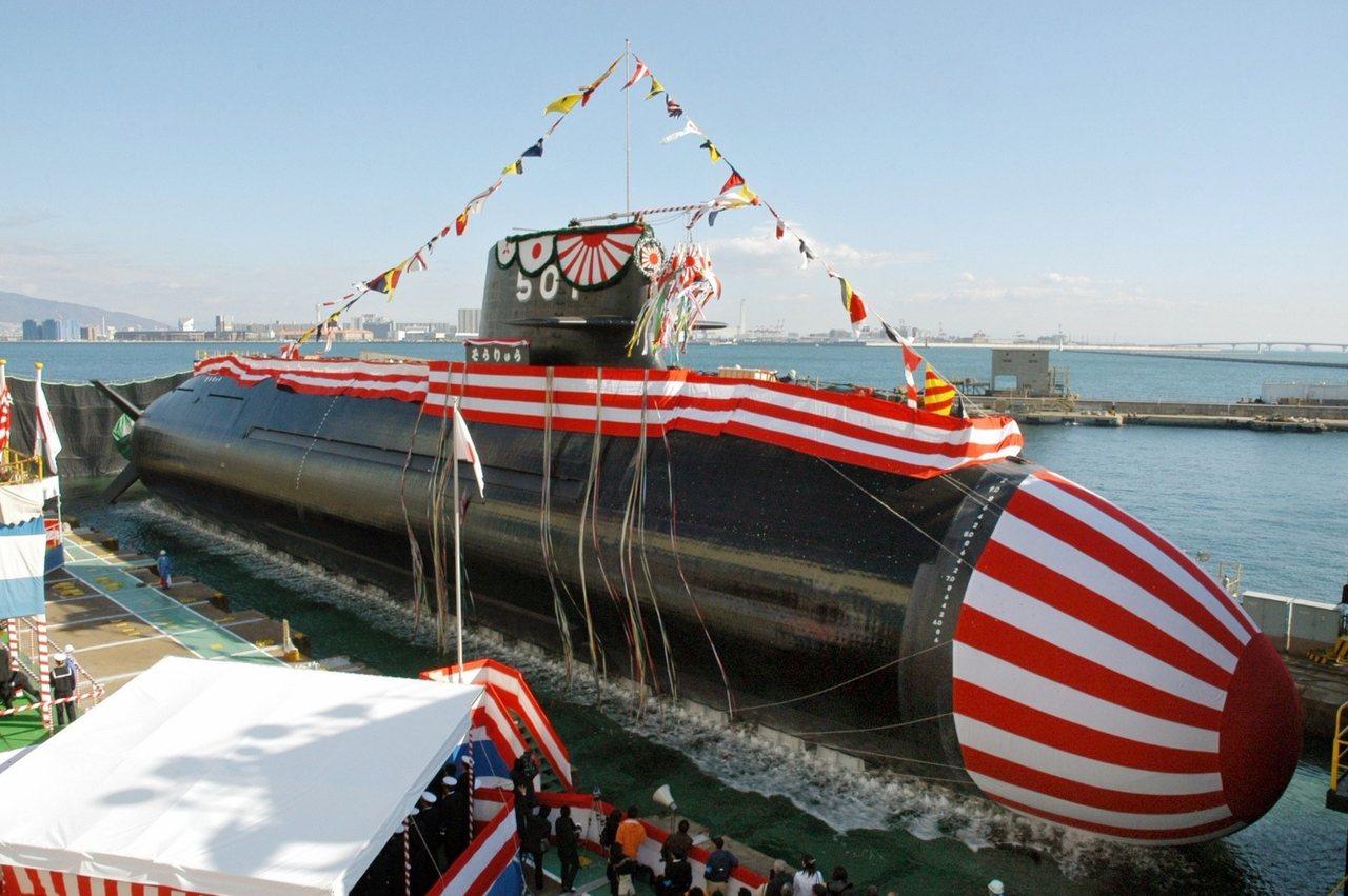 2007年神戶港,日本蒼龍級首號艦「蒼龍號」的下水典禮。