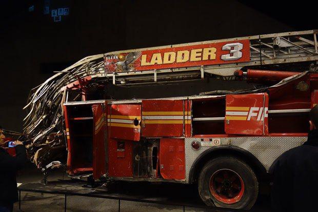 參與911救難時被壓毀的消防車。 圖片提供╱遠見