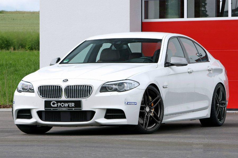 台灣並未引進的 BMW M550 柴油車型,可說是一輛具有性能與燃油經濟性的車款...