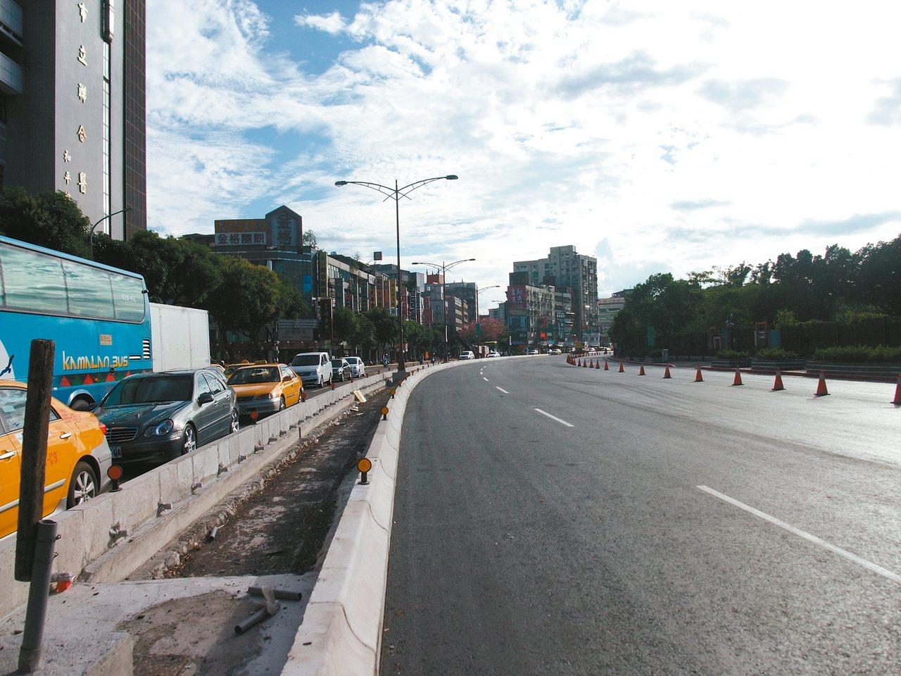 柯文哲宣示重擬艋舺大道都市計畫,翻轉台北的軸線。 報系資料照片