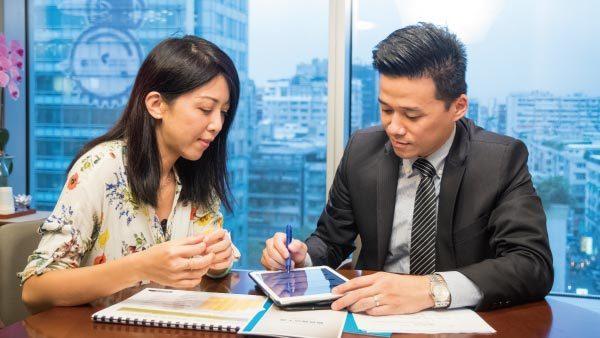 高資產者宜及早進行檢視保單,必要時請教專家,確認保險規劃是否符合自身需求以及現行...