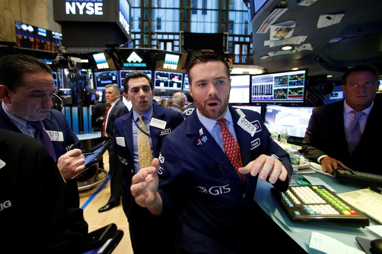 美股28日寫下四周來最大跌幅。(圖/路透)