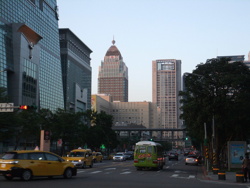 今年第3季全球房價指數公布,台灣年跌幅居全球第二。記者游智文/攝影