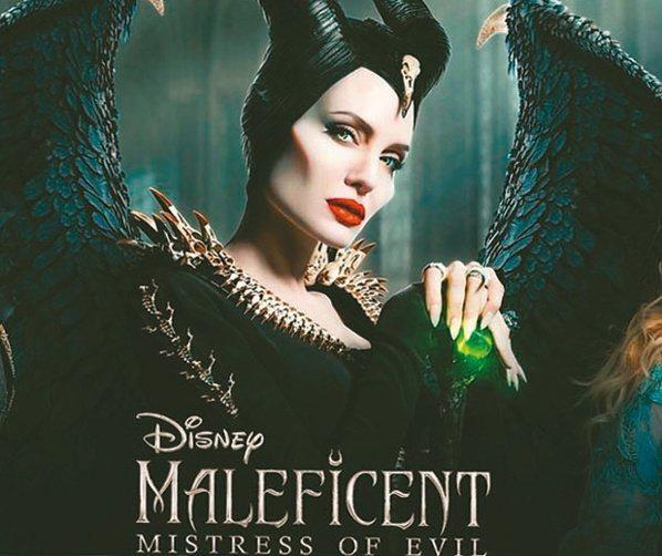 安洁莉娜裘莉在「黑魔女2」中的造型。 图/摘自imdb