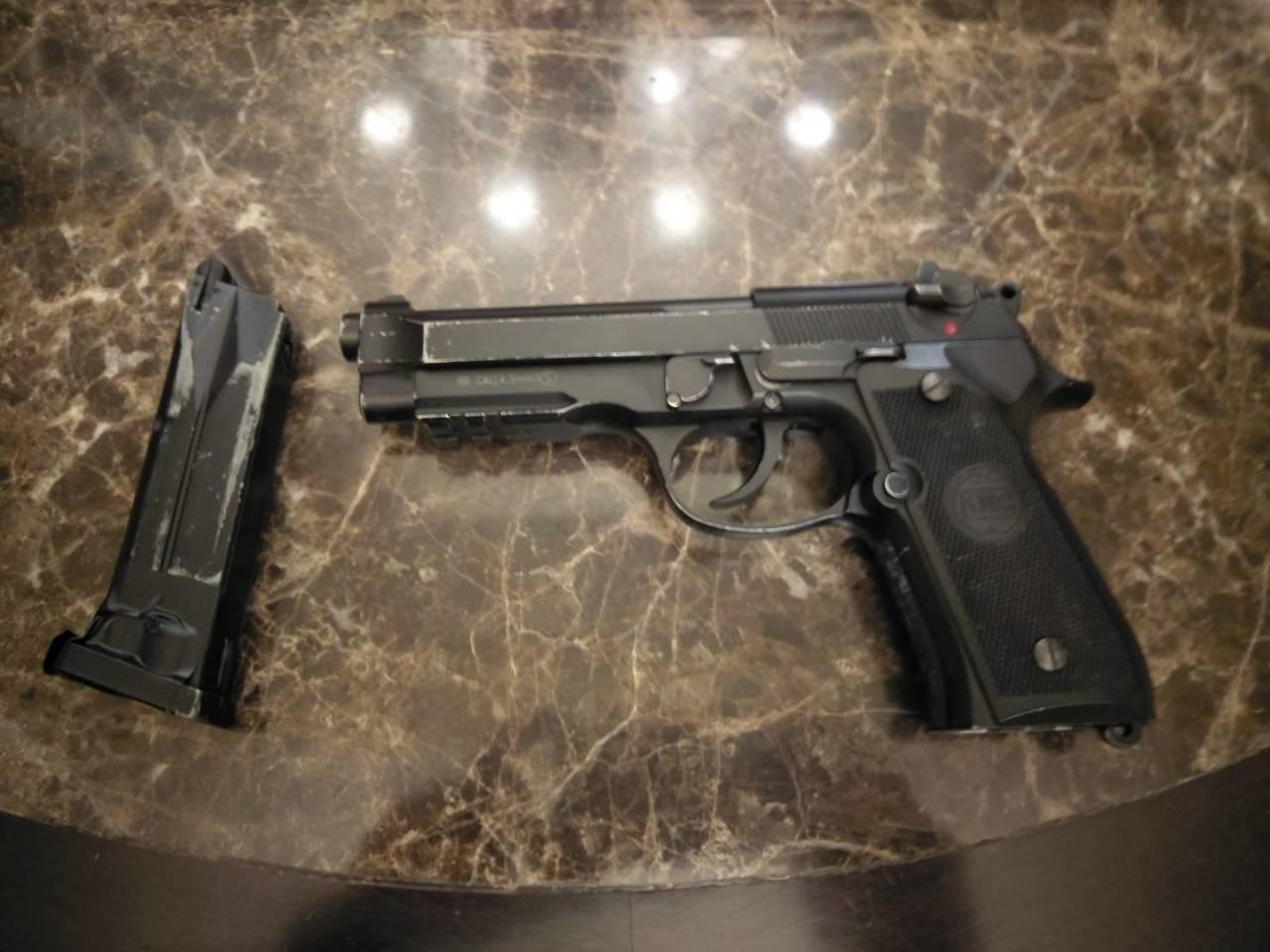 警方于芦竹区起获犯案空气枪1把。记者高宇震/翻摄