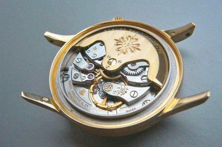PP的Cal.27-460被收藏家誉为20世纪最值得拥有的优质铭机。 图/曾士昕...