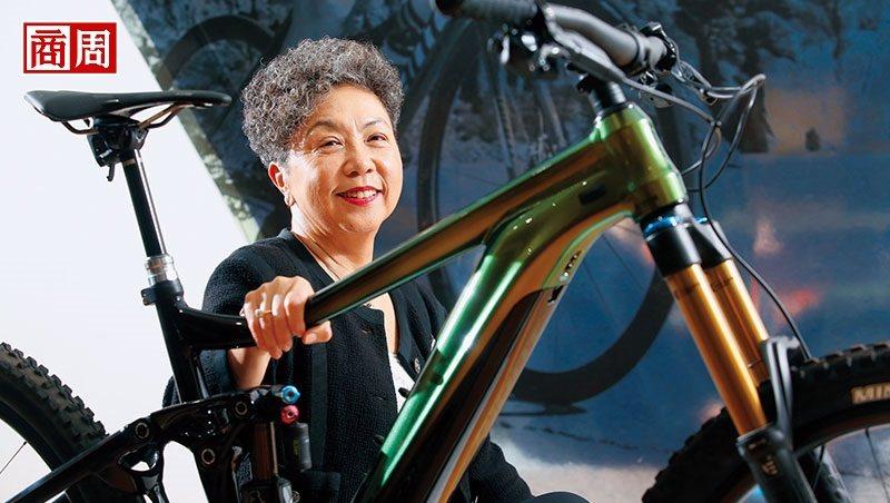 一次自行车挑战赛,让巨大董事长杜绣珍从排斥电动自行车,到把它当成长新动能。(摄影...