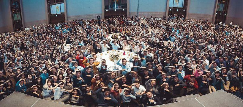 今年星宇航空尾牙,在台北万豪酒店举办,近1000人首次齐聚一堂。图/取自星宇航空...