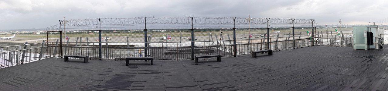 桃园机场第二航厦南扩建区观景台将于下周六(14日 )上午十点到下午三点开放限定体...