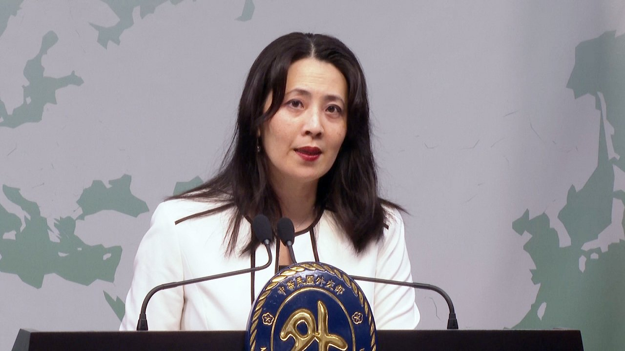 外交部发言人欧江安上午在外交部举行记者会。记者徐宇威/摄影