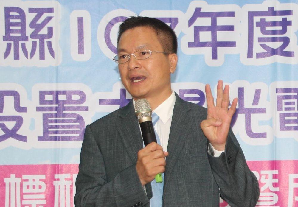 自来水公司董事长魏明谷。记者江婉仪/摄影
