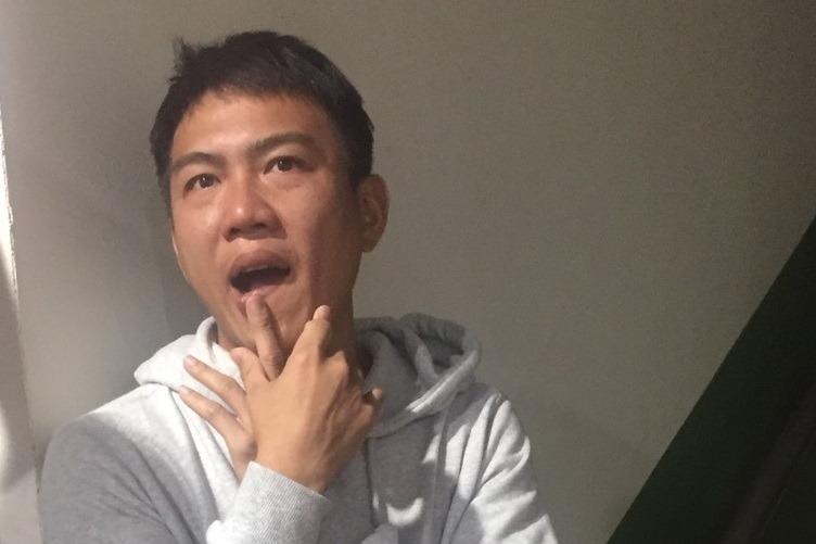 廖文扬现身味全龙休息室打照面。记者吴敏欣/摄影