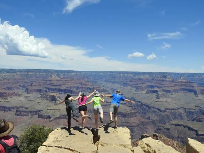 美國西南大環線13日深度慢遊~慢遊五座奇景國家公園&絕代雙谷