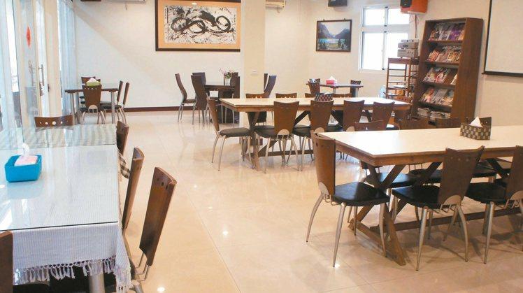 從沒有客人到獲選「好客民宿」 日升咖啡民宿