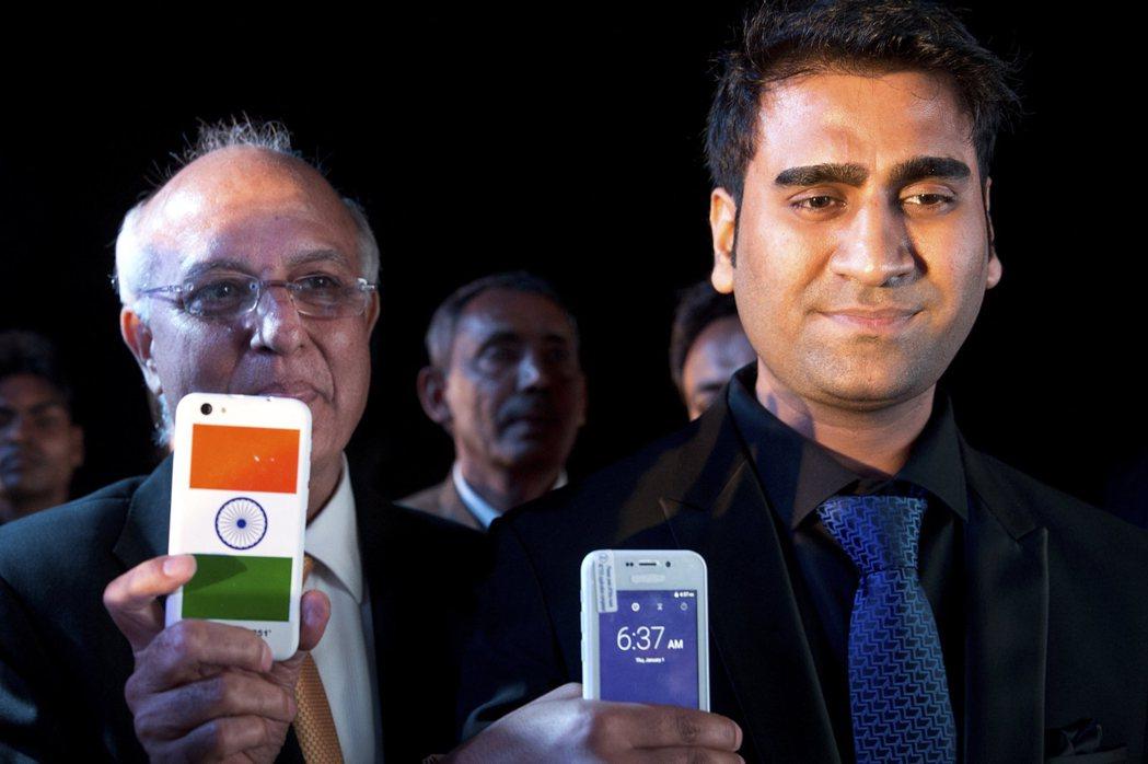 印度首富穆克什(Mukesh Ambani)的電信公司日前推出免費4G手機上網到...