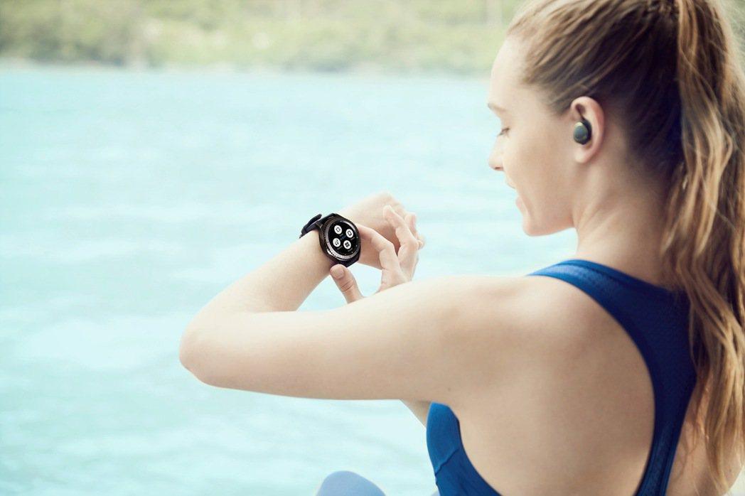 三星新一代智慧手表Samsung Gear S3。圖/三星提供