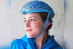 相信嗎?這款安全帽不僅是紙做的 還能防撞