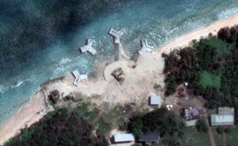 聯合新聞網19日中午獨家披露Google Earth更新圖資後太平島出現新建機密...