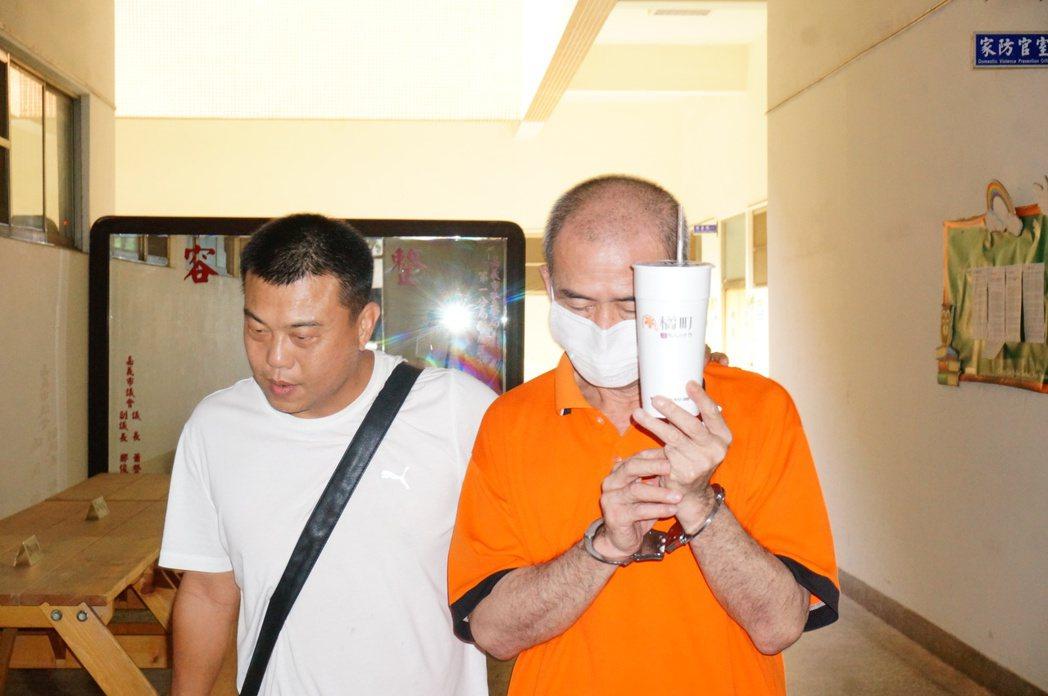 槍手劉瑞堂(右)。圖/本報資料照