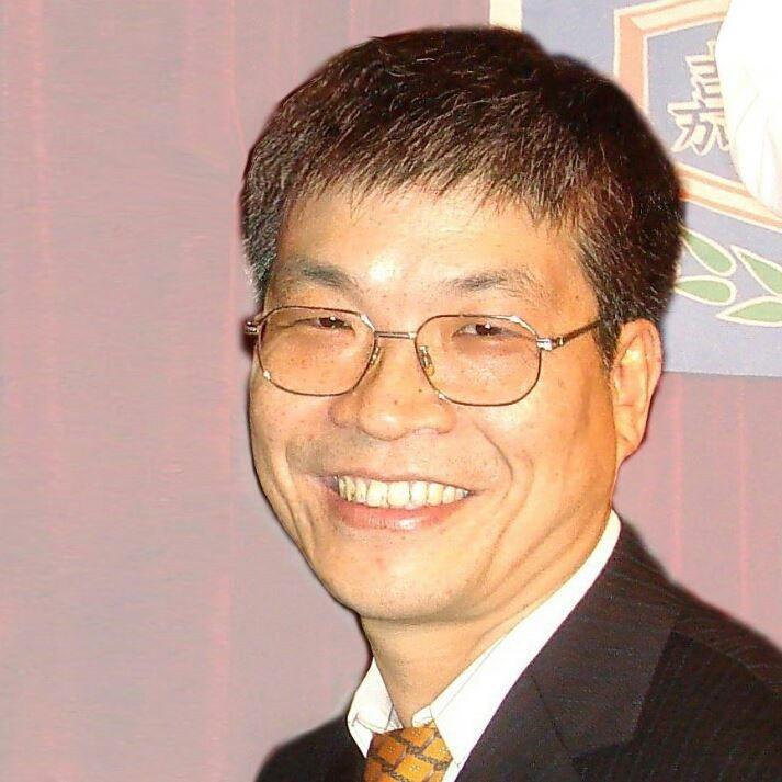 嘉大校友古博仁高票當選藥師公會全聯會理事長。圖/嘉大提供