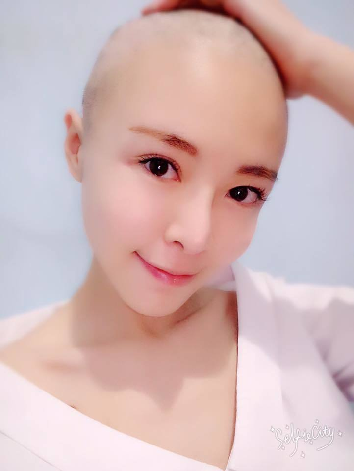 李沁凝公開自己因化療光頭的模樣。圖/摘自臉書