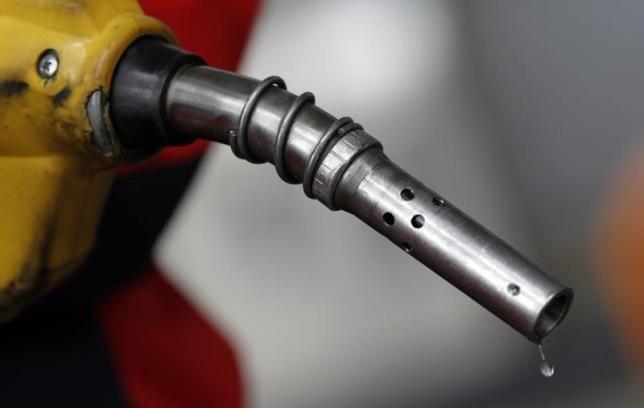 受利空消息影響,油價周五跌深4%。路透