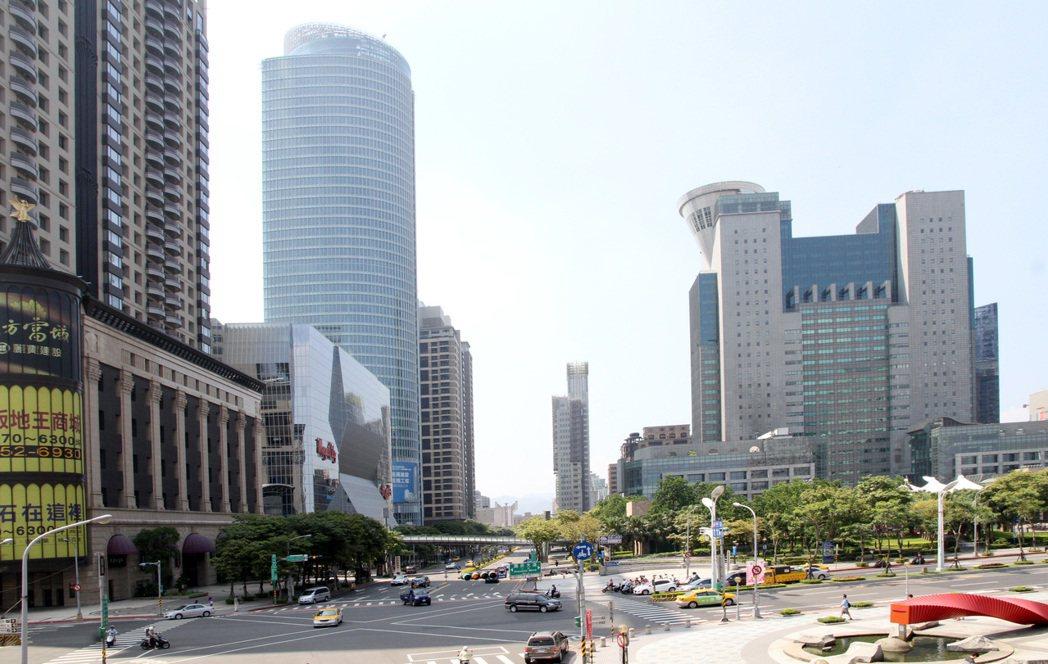 示意圖。根據住展雜誌統計,北台灣今年8月銷售中建案數量達到1,253個,改寫今年...
