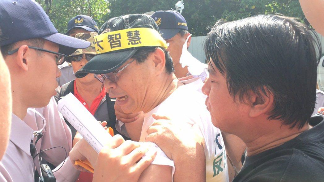 中台灣反迫遷抗議。 記者陳秋雲/攝影